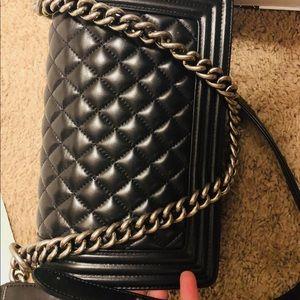 CHANEL Bags - Authentic Chanel boy double flap in medium size.